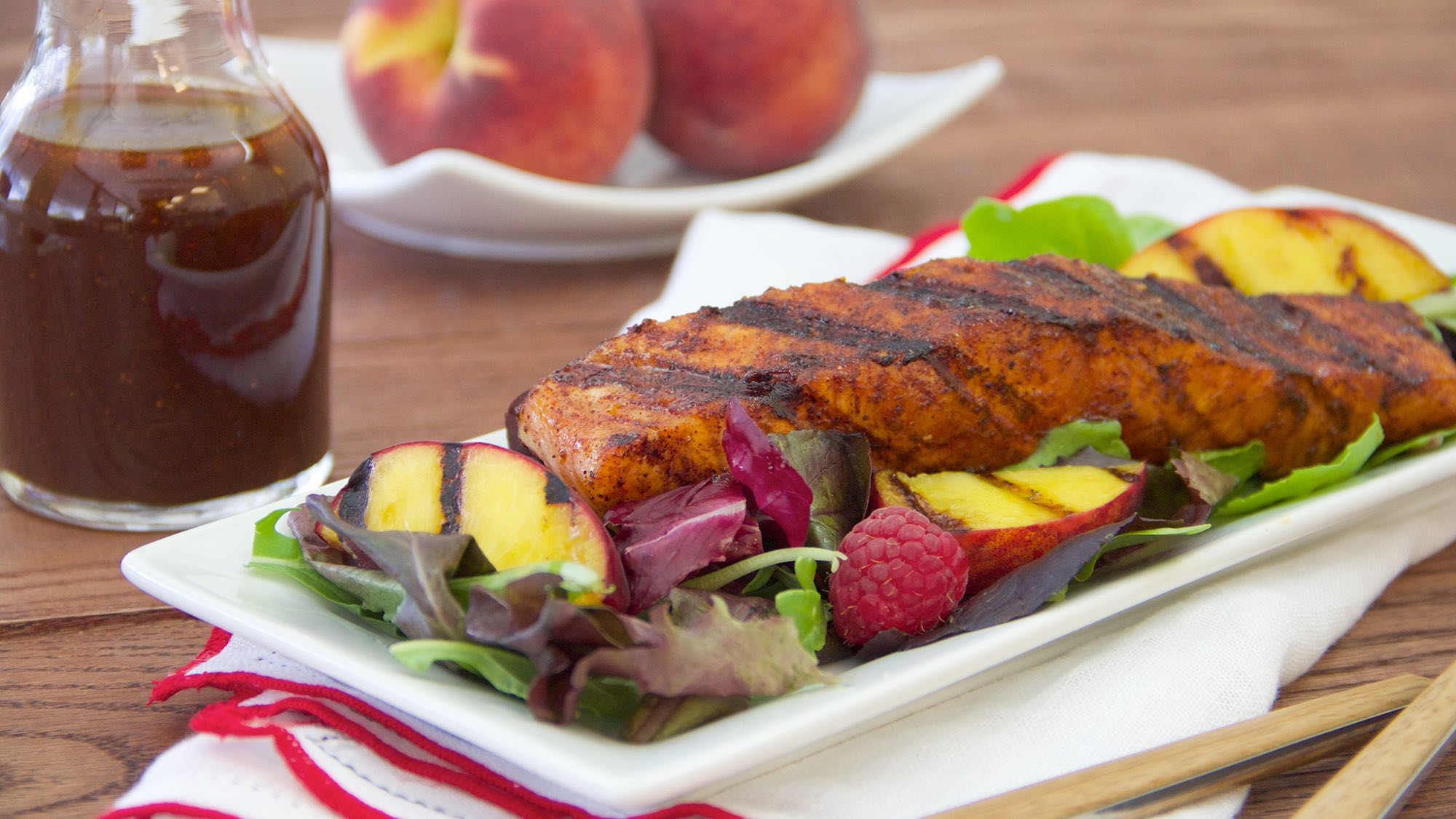 McCormick Gluten Free Sweet Chili Rubbed Salmon with Grilled Peach and Raspberry Salad