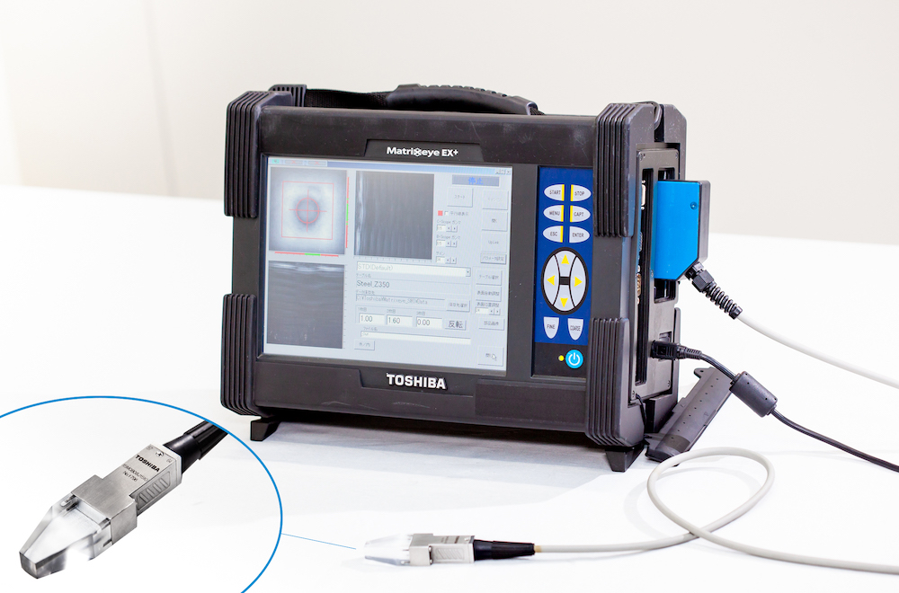 Matrixeye™ and the inspection probe that emits the ultrasound.