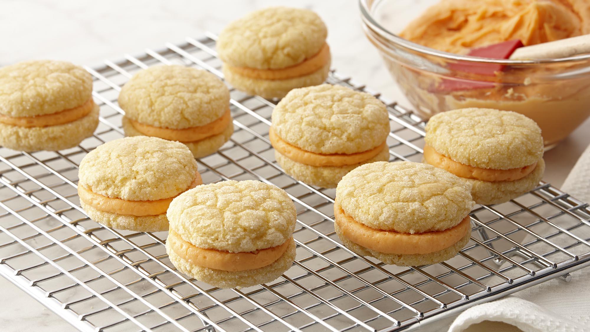 pumpkin_creme_sandwich_cookies_2000x1125.jpg