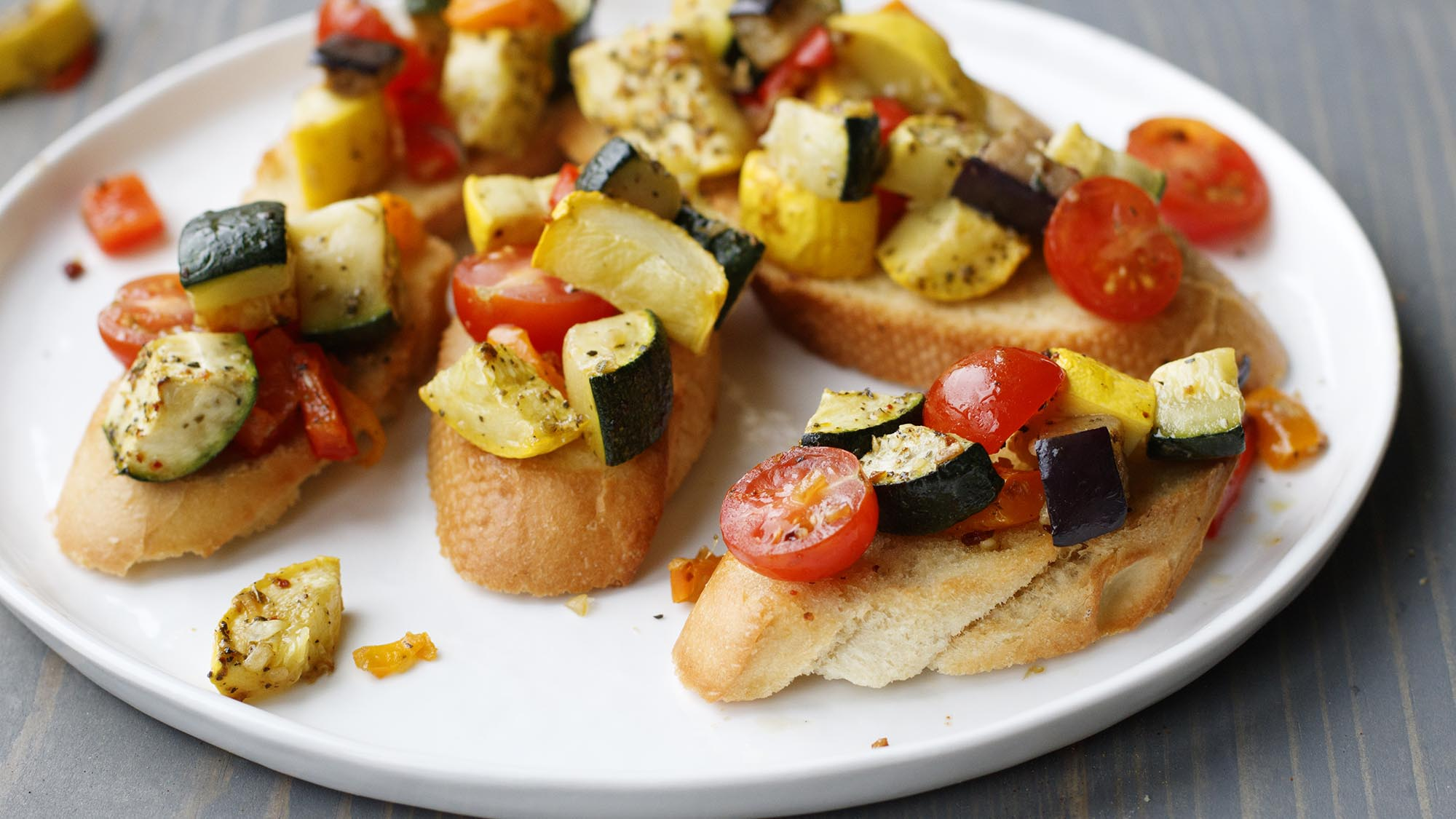 roasted_vegetable_bruschetta_2000x1125.jpg