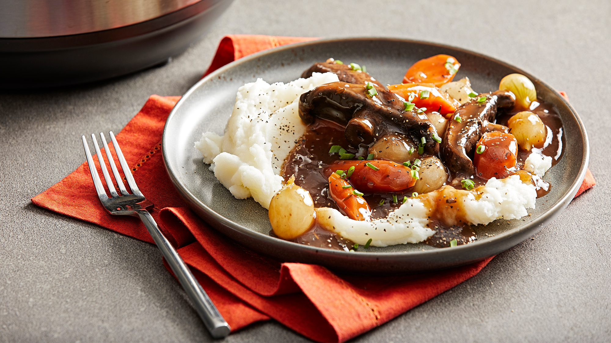 slow_cooker_vegan_portobello_pot_roast2000x1125.jpg