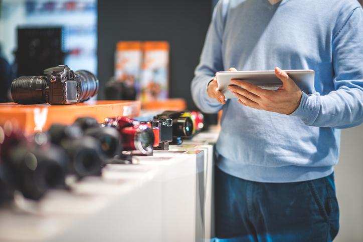 How Technology Can Help Create A Better Customer Experience.jpg