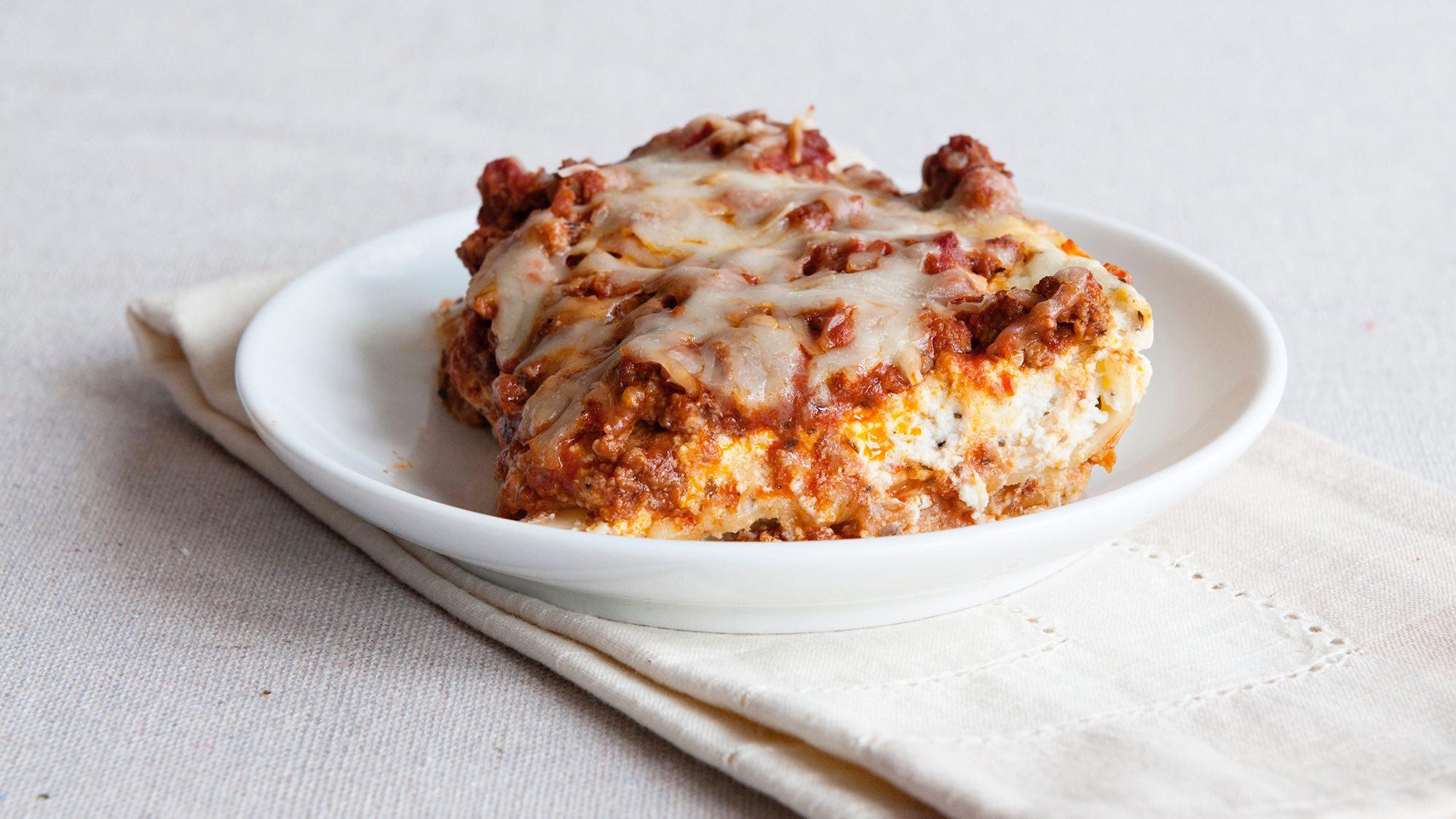 classic-lasagna-dine-and-dish.jpg