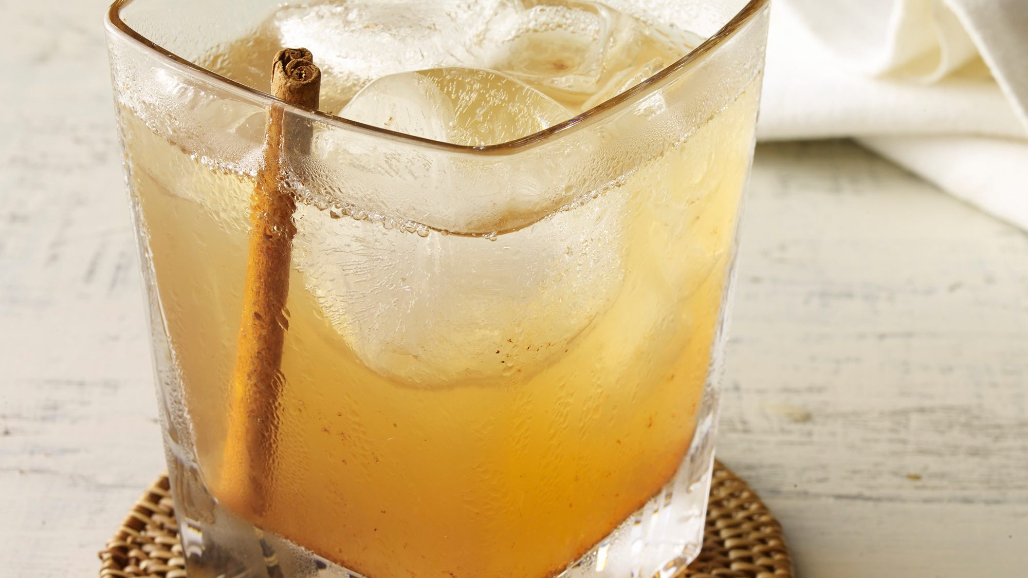 McCormick Peachy Bourbon with Cinnamon Bitters