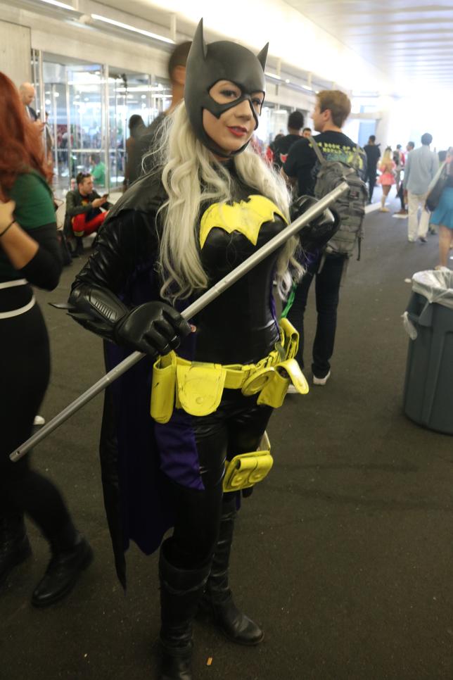 JL Batgirl Cosplay.png