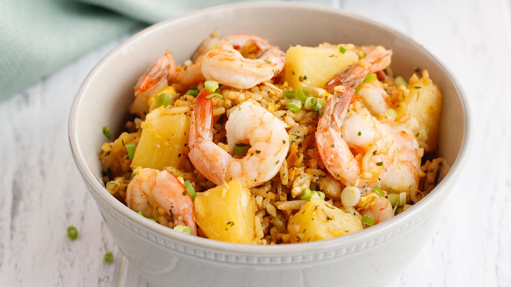 thai_pineapple_fried_rice_recipes_2000x1125.jpg