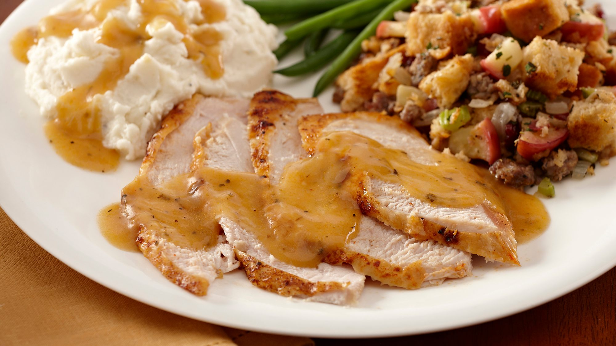 smoked-paprika-roasted-turkey-with-gravy.jpg