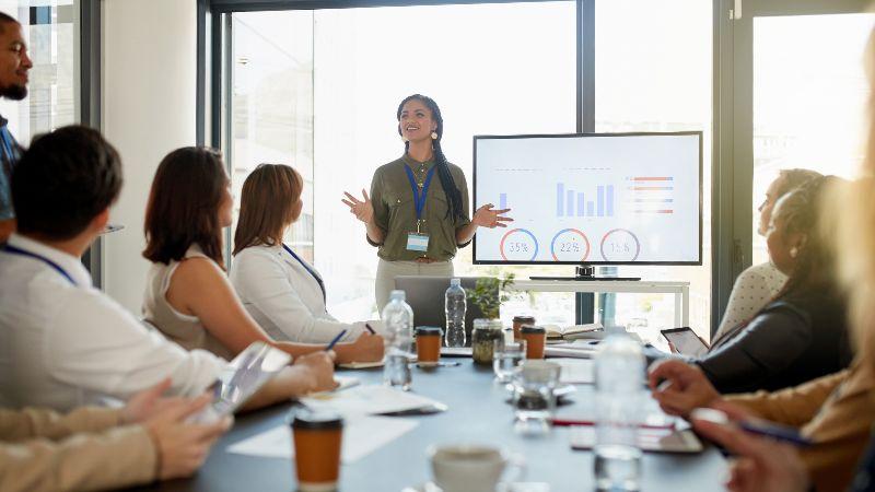 Trustee-meeting.jpg