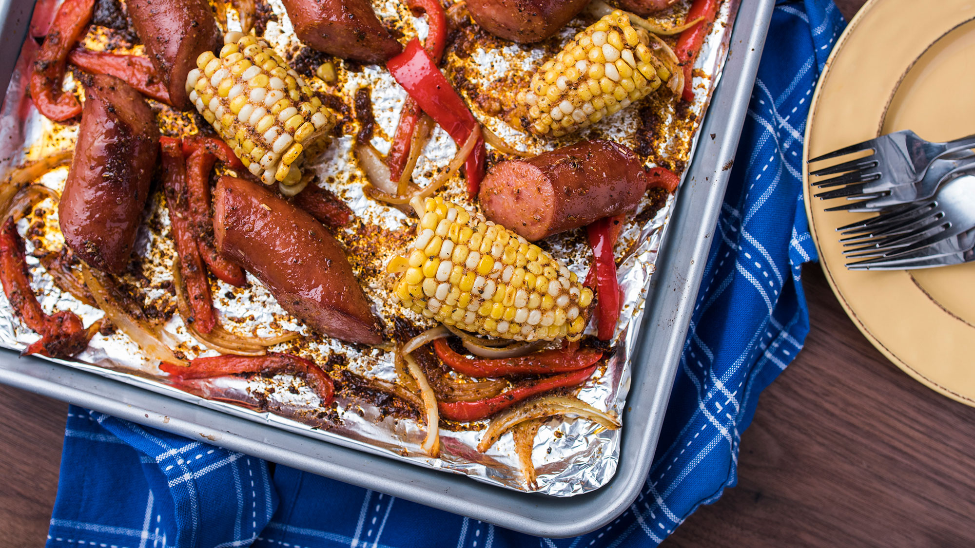 new_orleans_style_sausage_-and-_vegetable_2000x1125.jpg