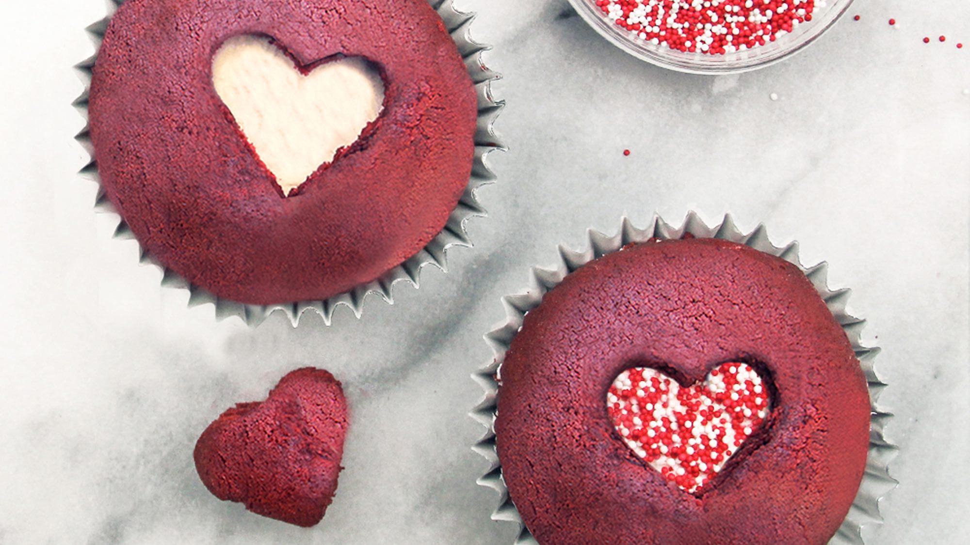McCormick Easy Red Velvet Cupcakes