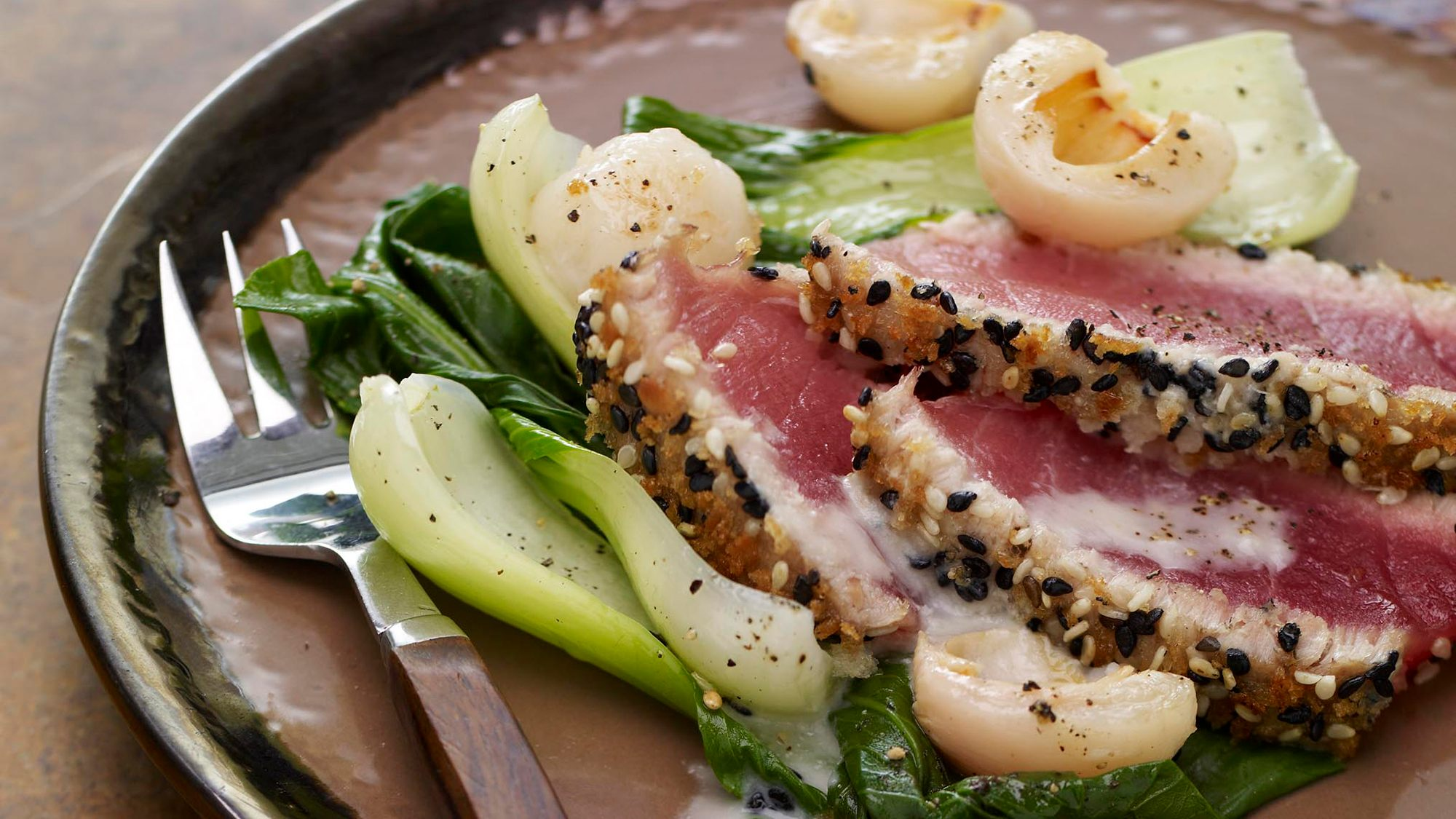 seared-sesame-tuna-with-lemon-grass-and-lychee-coulis.jpg