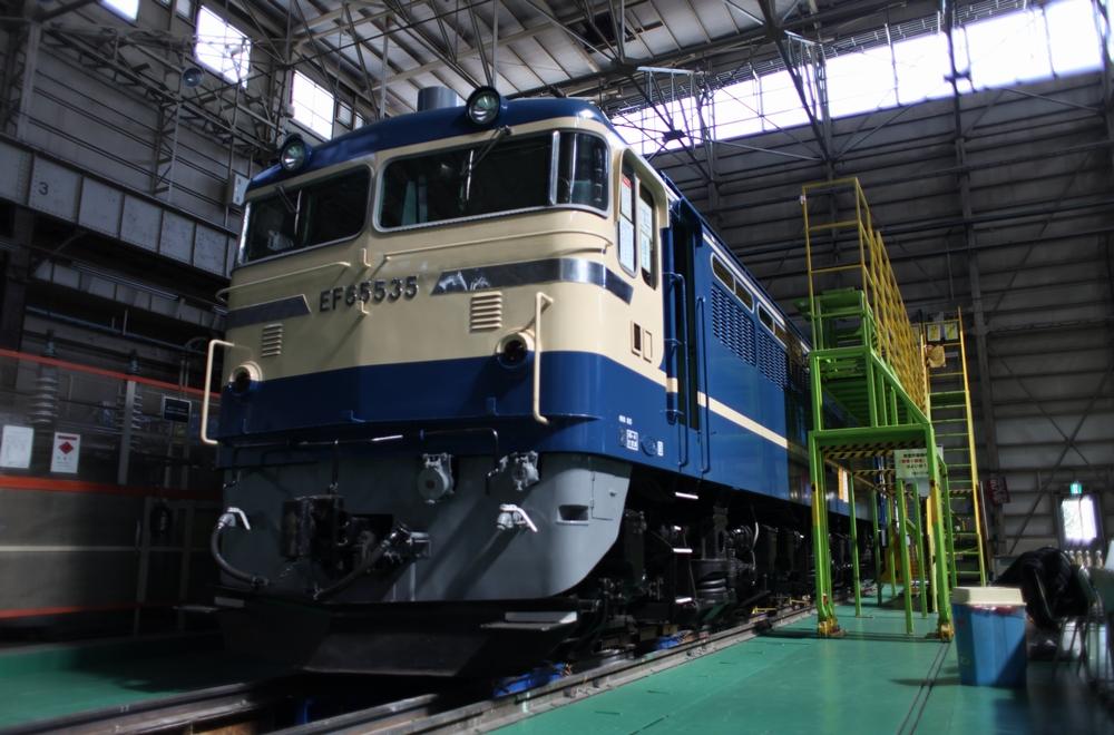 東芝府中事業所に保管されているEF65 535