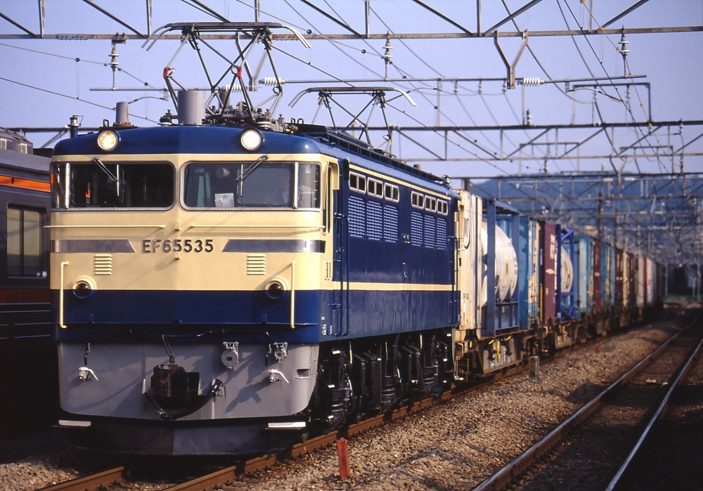 現役時代のEF65 535
