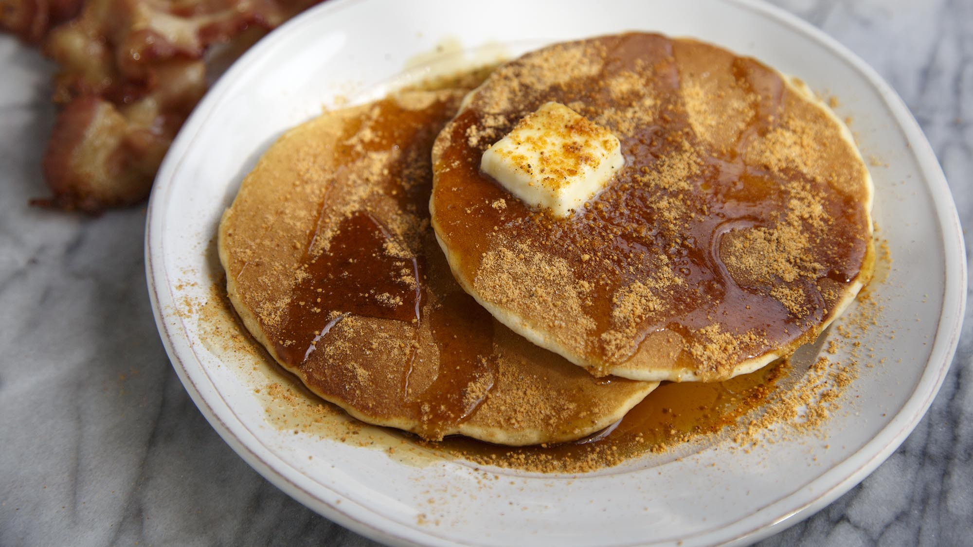 maple_bacon_pancakes_2000x1125.jpg