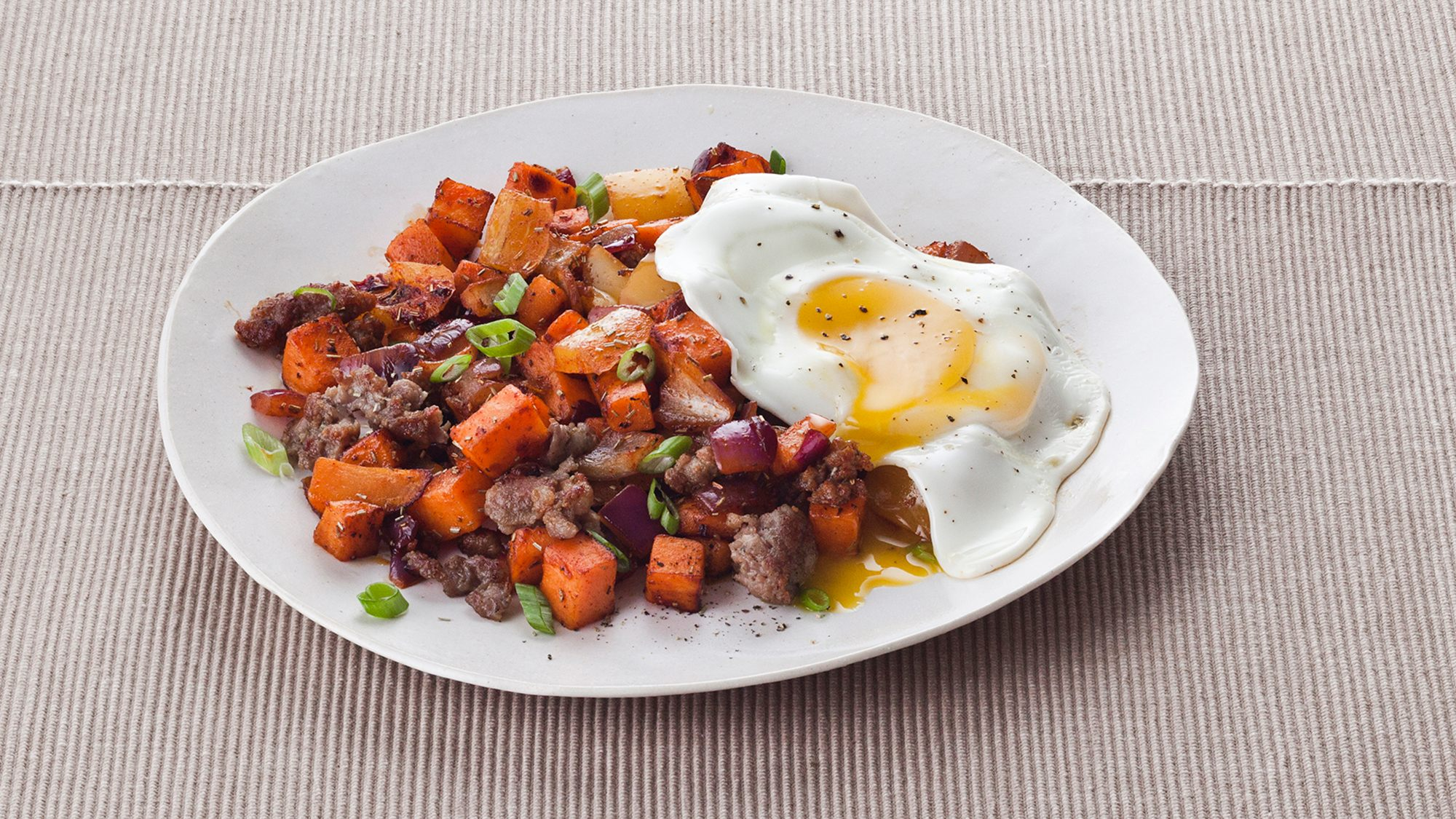 sausage-sweet-potato-and-bell-pepper-hash.jpg