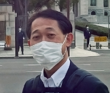 Photo : Shinji Narukawa Leader of Fujitsu Special Task Force Team for Novel Coronavirus Disease Control
