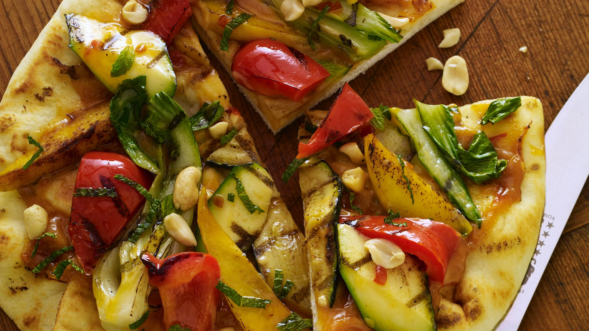 McCormick Thai Grilled Flatbread with Mango and Sweet Chili Sauce