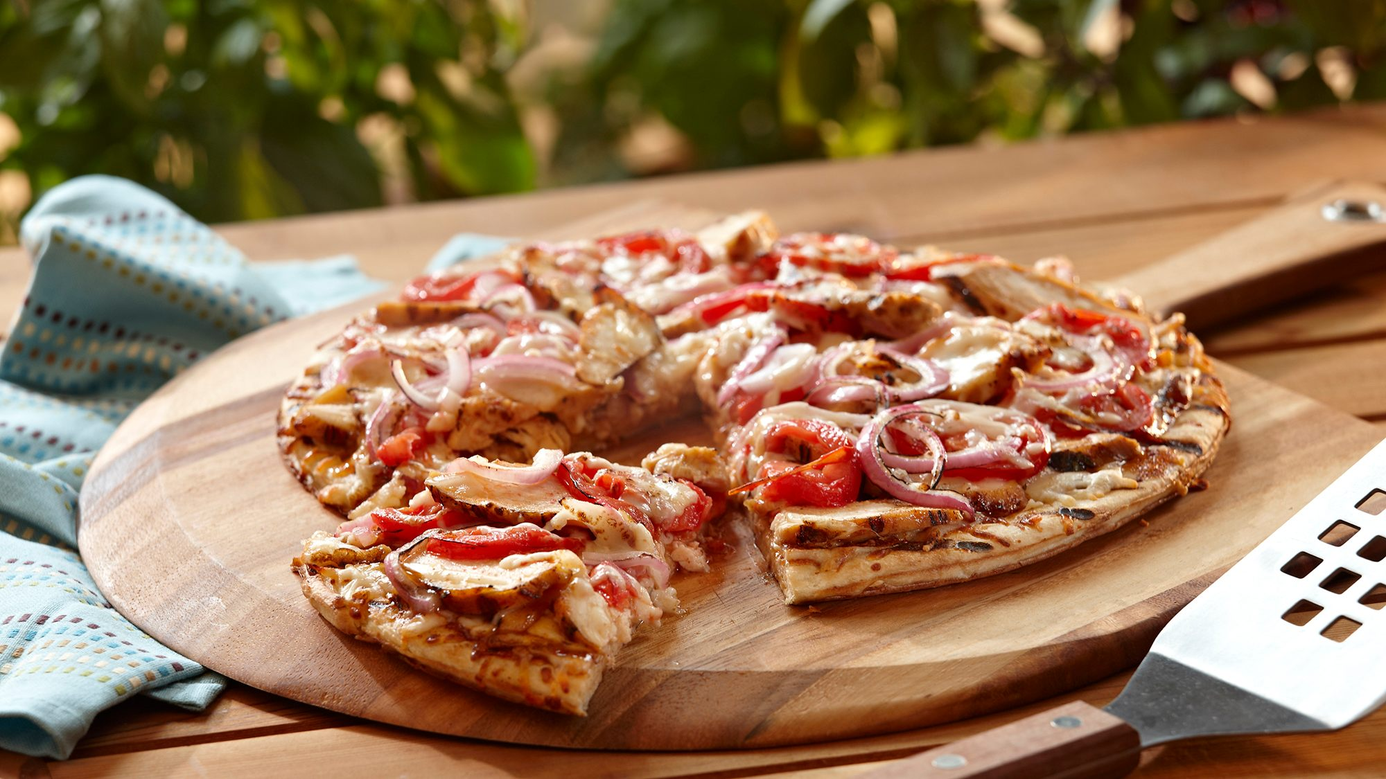 grilled-chicken-pizza.jpg