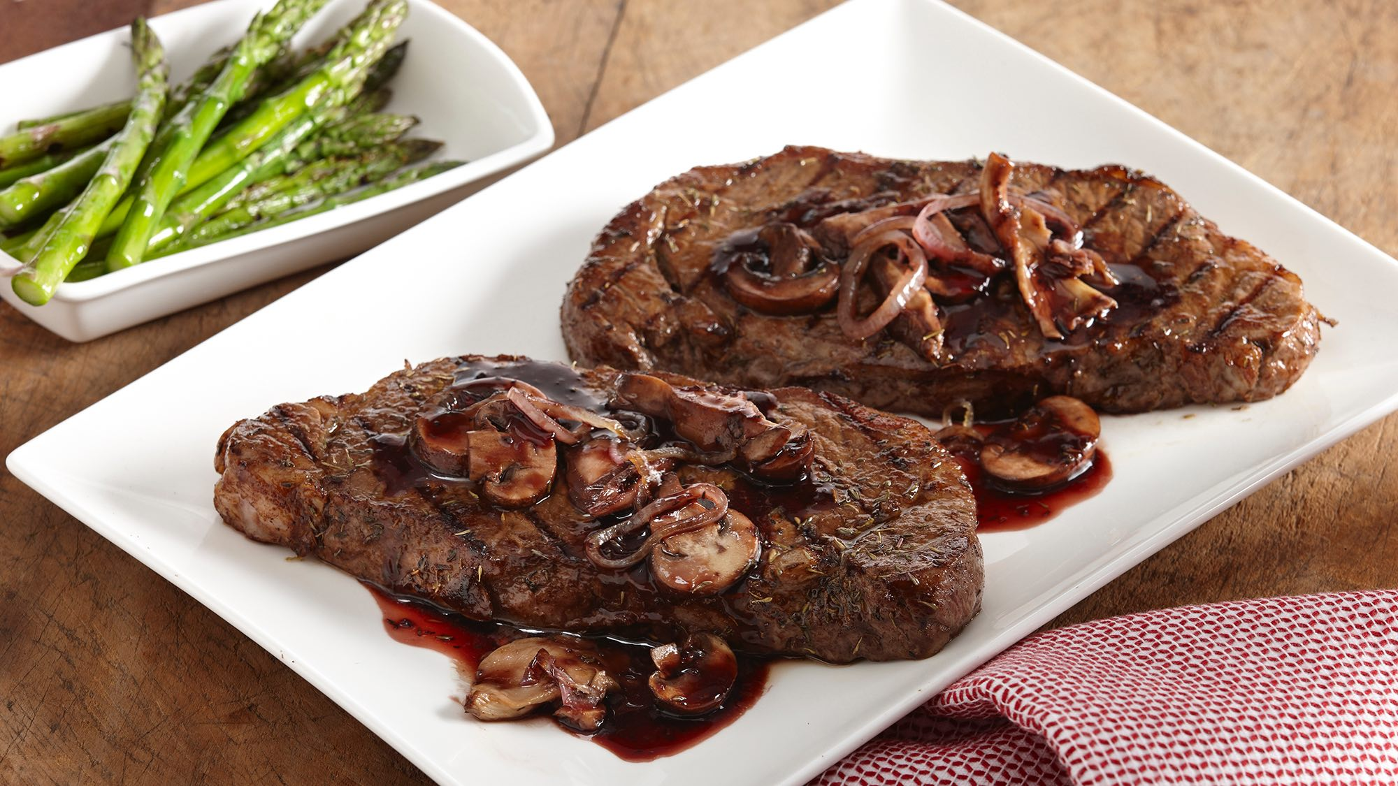 McCormick Steak and Wild Mushrooms in Red Wine Sauce