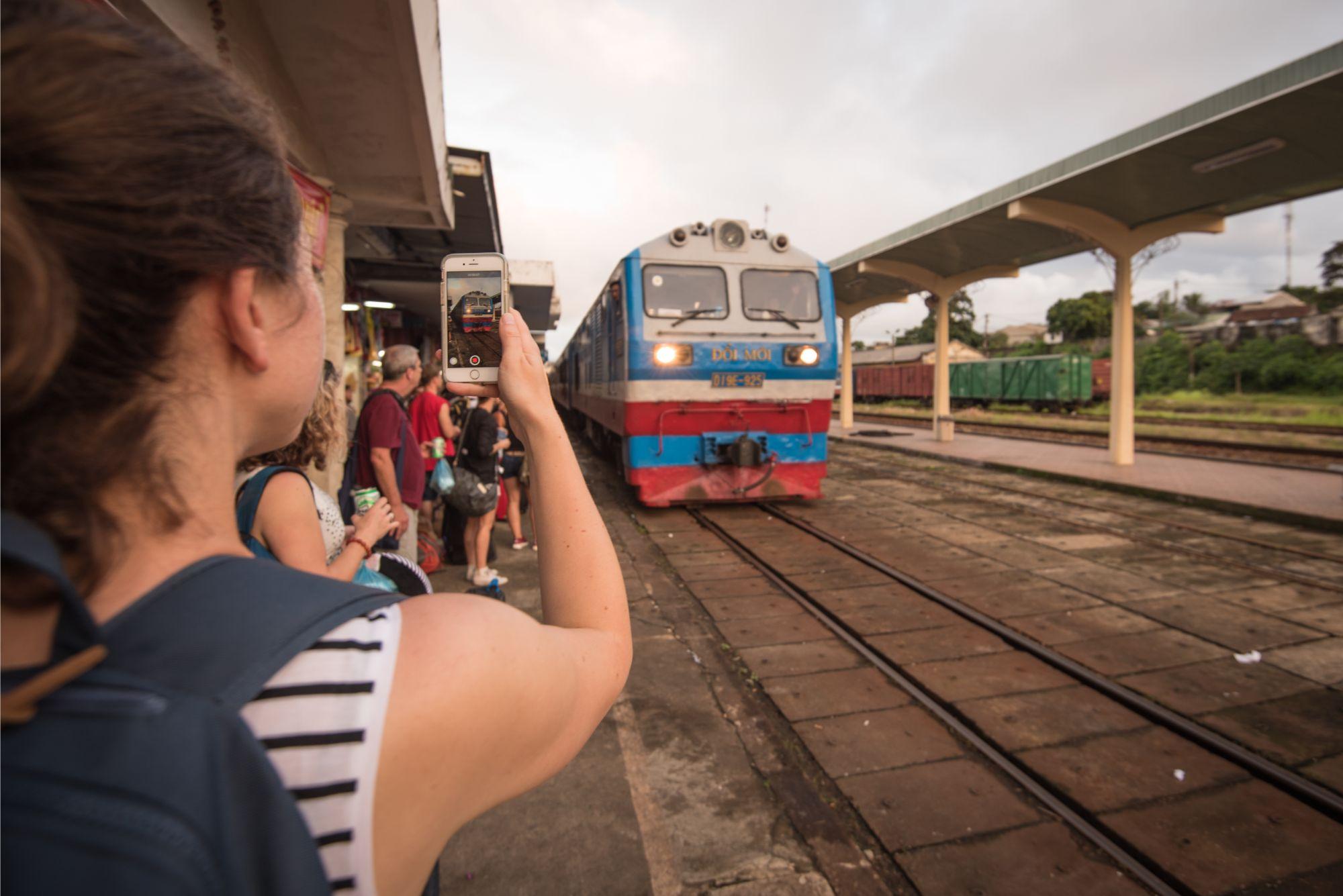 Vietnam_Hue_Train_4823.jpg