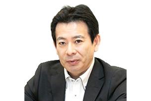 写真 : 富士通 総務部 マネージャー 阿部 賢司