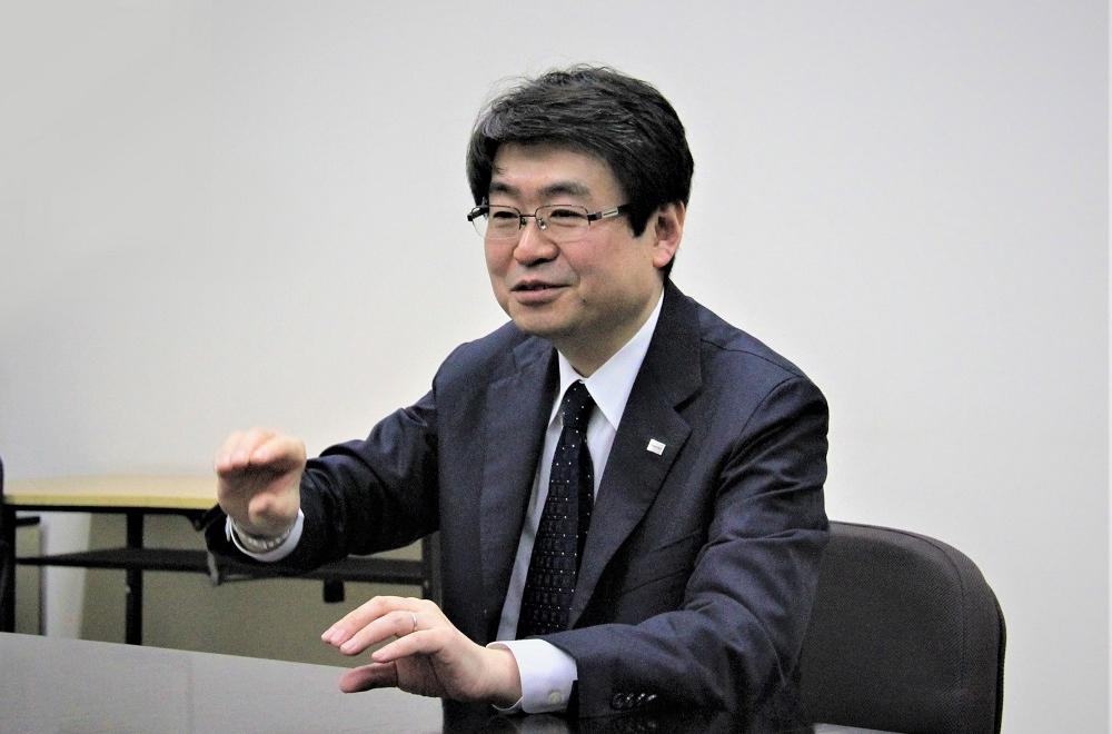 Koichiro Akiyama, a researcher at Toshiba's Research & Development Center