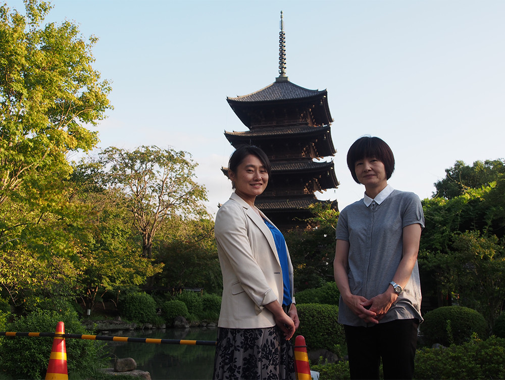 Ms. Asuka Ootani (left) and Ms. Tomoko Kodama (right), Toshiba Lighting & Technology Corporation.