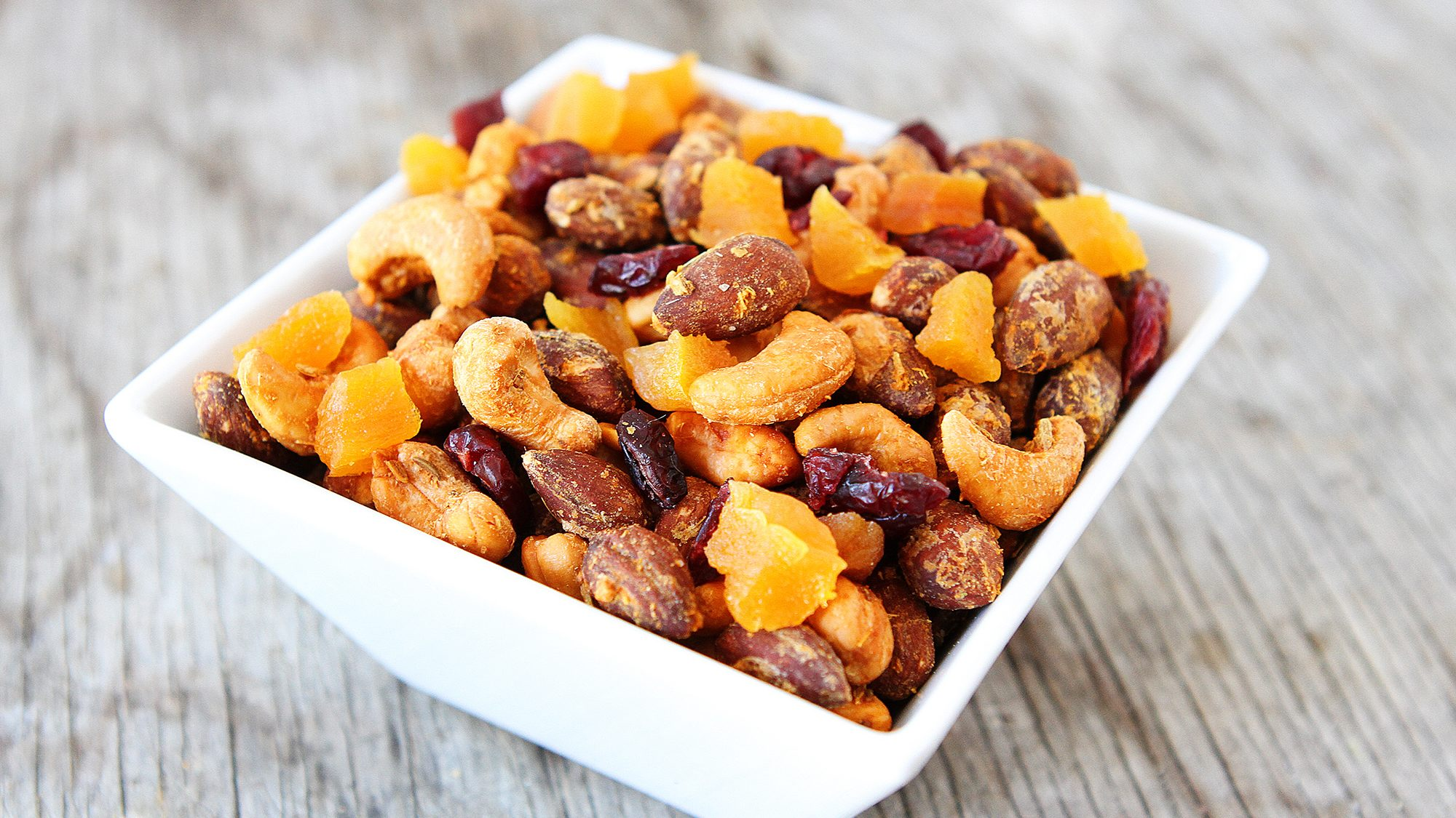 McCormick Gourmet Peri Peri and Fennel Spiced Nuts with Dried Fruits