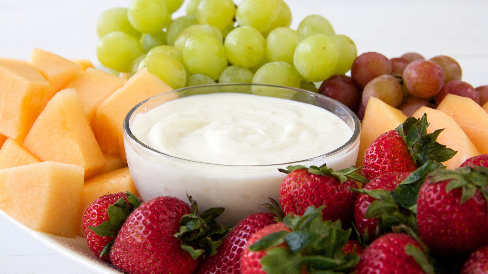 honey-yogurt-fruit-dip.jpg