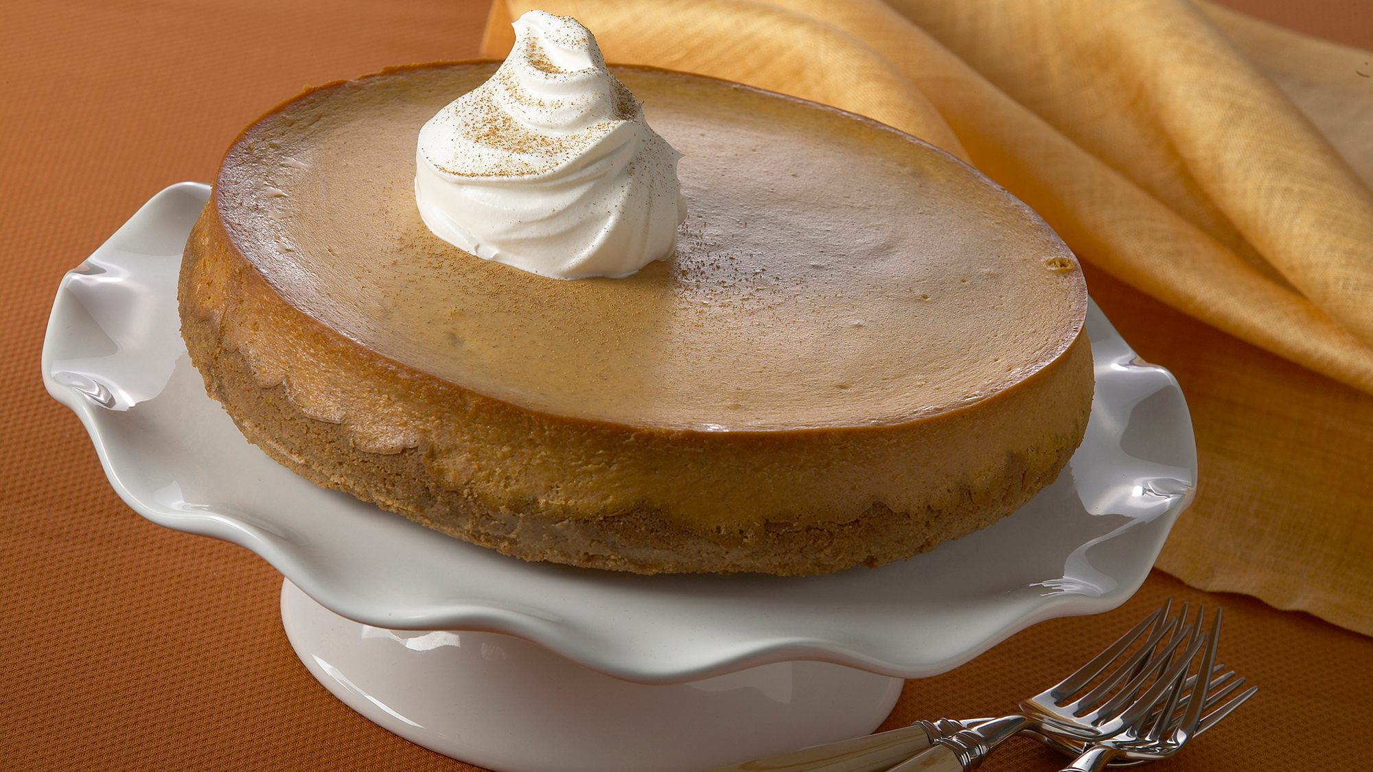 pumpkin-gingersnap-cheesecake.jpg