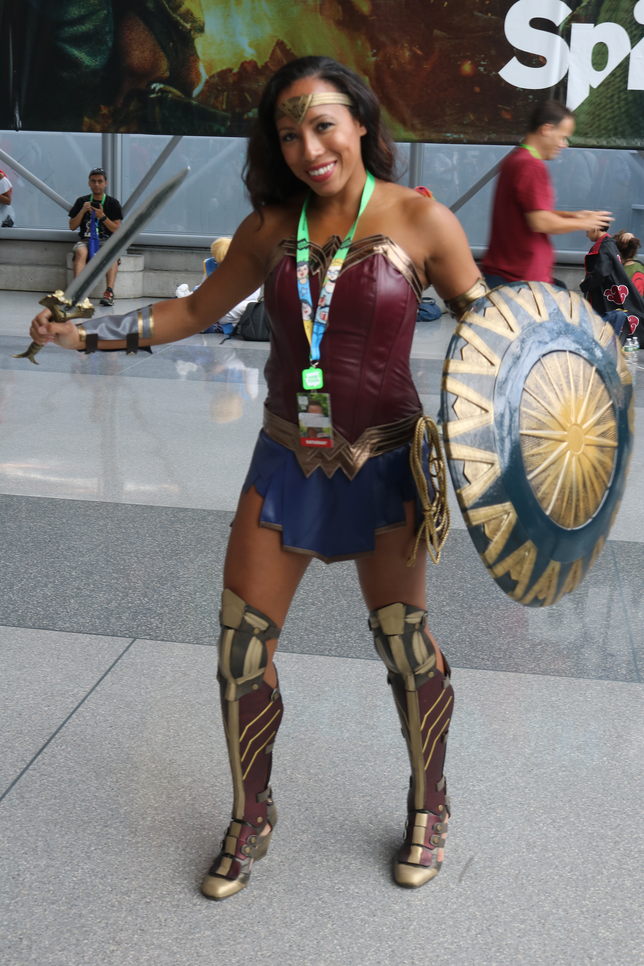 JL WW Cosplay.png