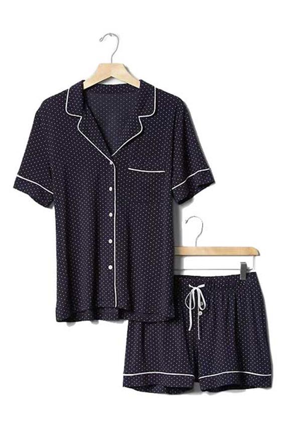 Pyjama gepunktet