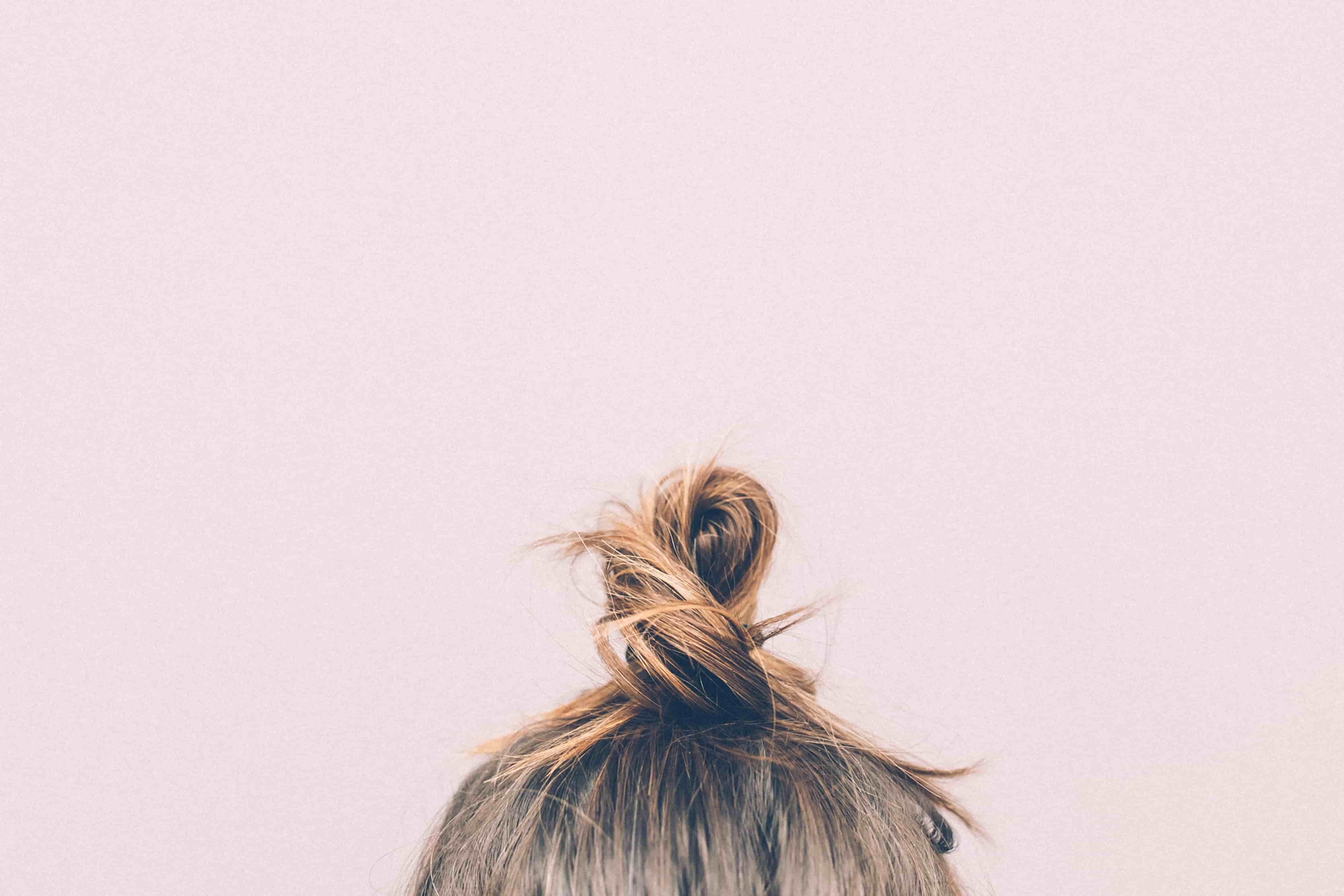 bun-girl-hairs-9634-min-min.jpg