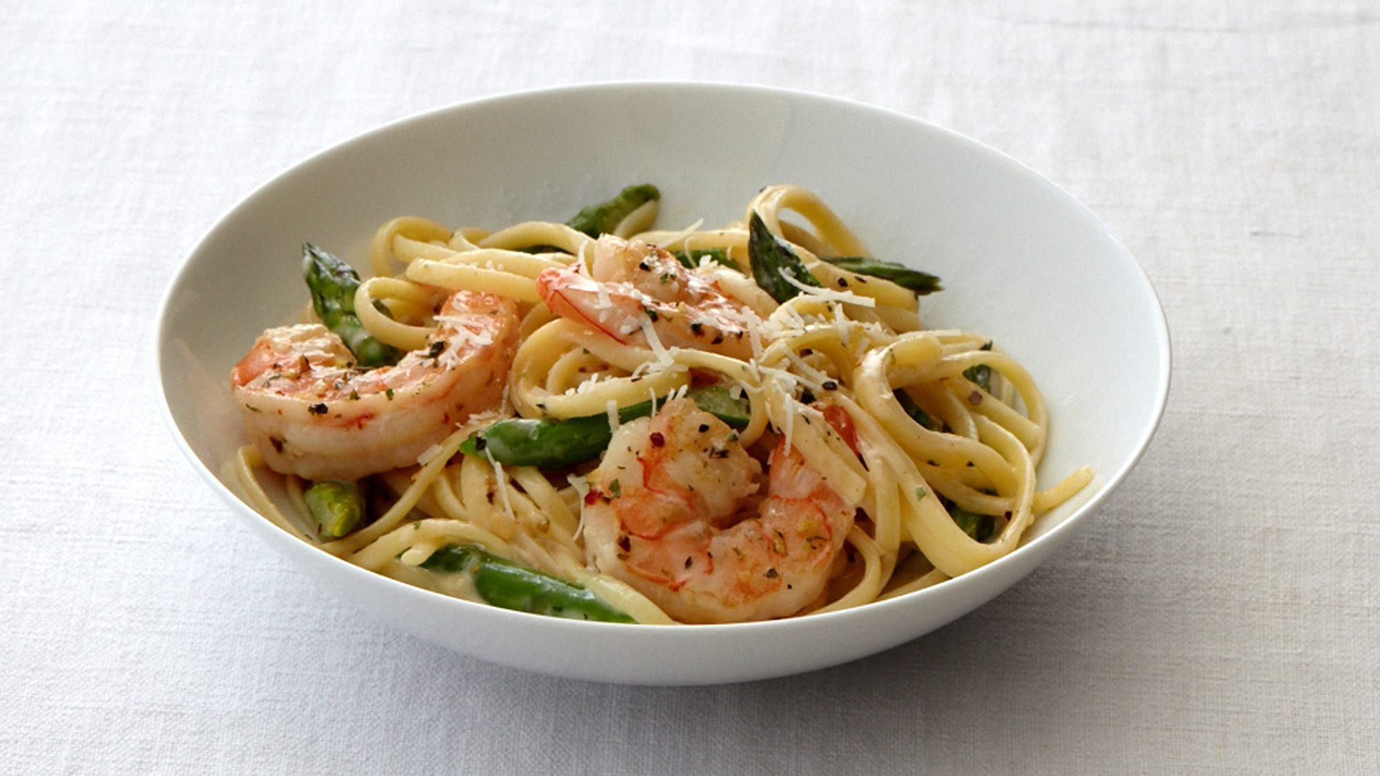 creamy-linguine-with-shrimp-and-asparagus.jpg