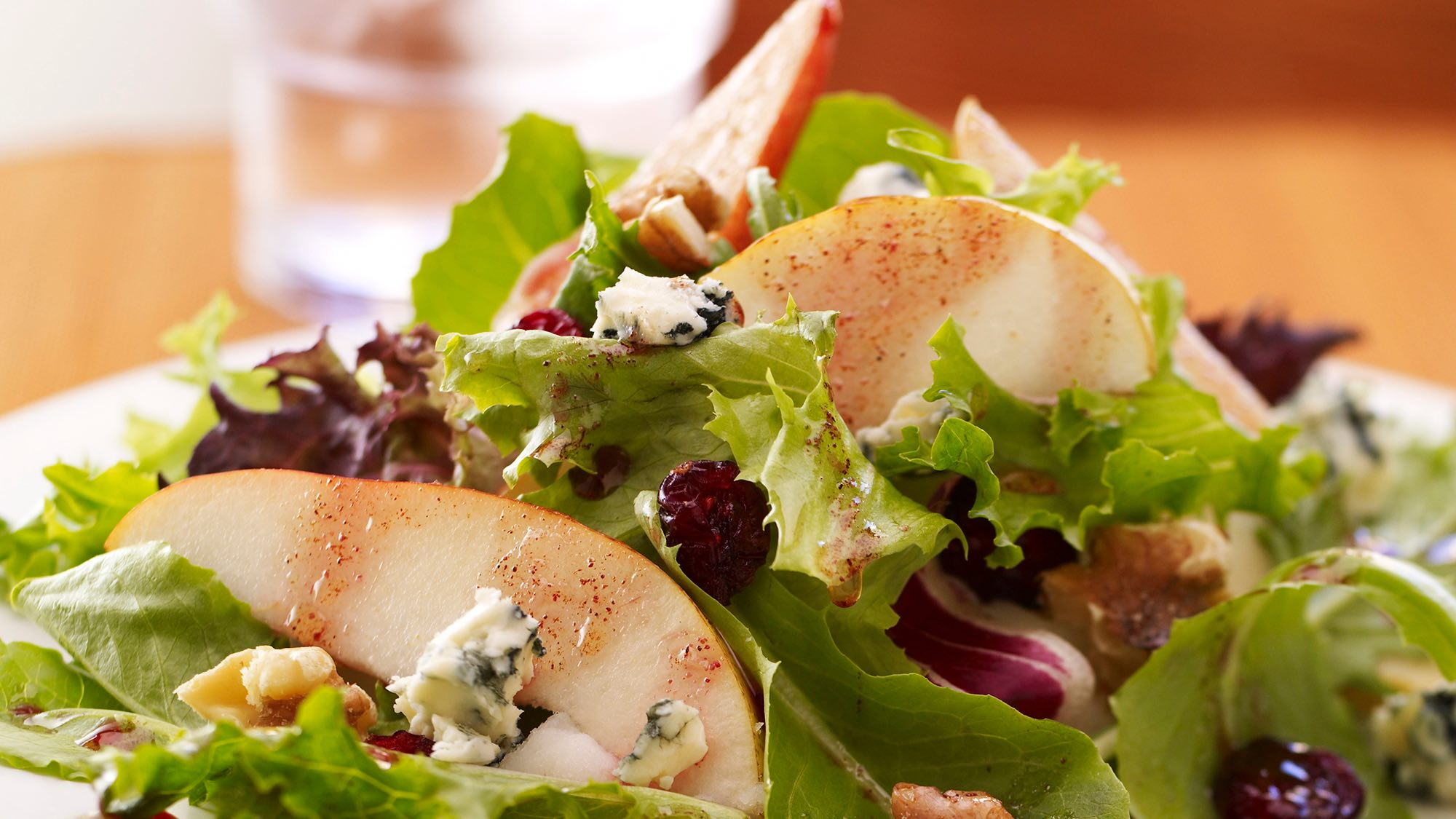 McCormick Pear and Field Green Salad with Pomegranate Vinaigrette