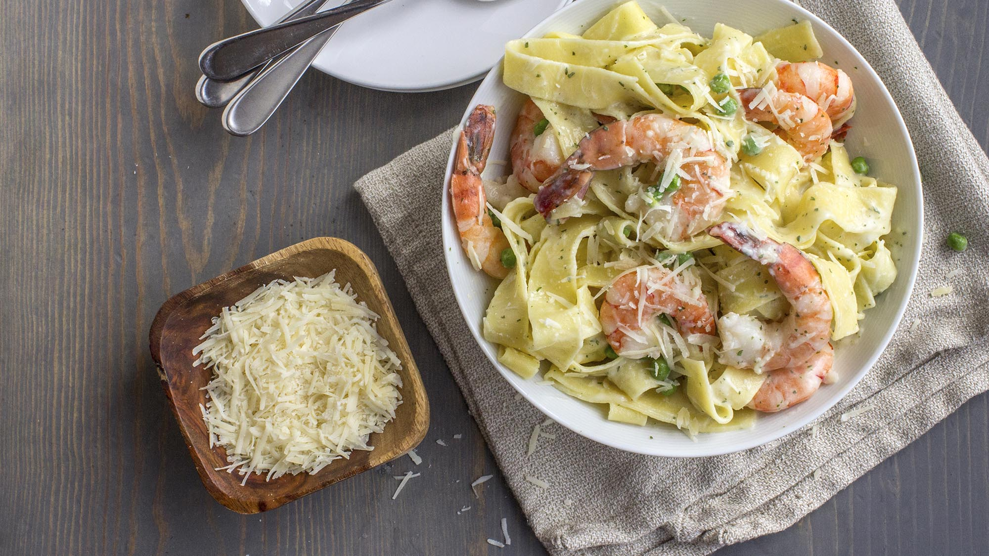 Basil_Shrimp_and_Pasta_Alfredo_2000x1125.jpg