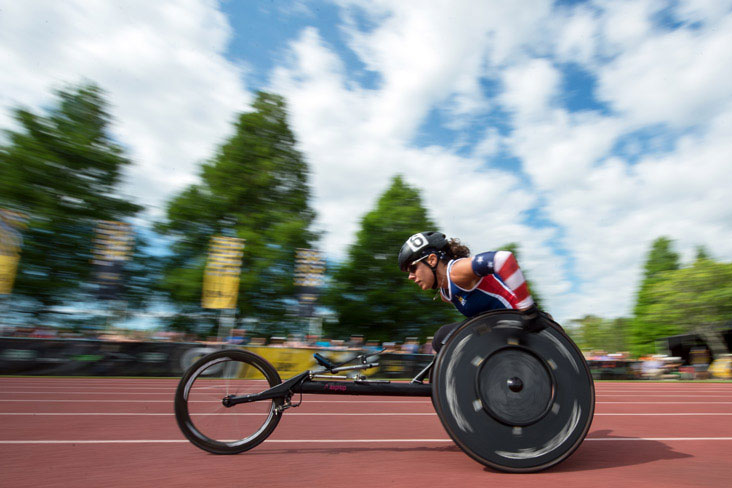 An athlete competes at the 2017 Invictus Games