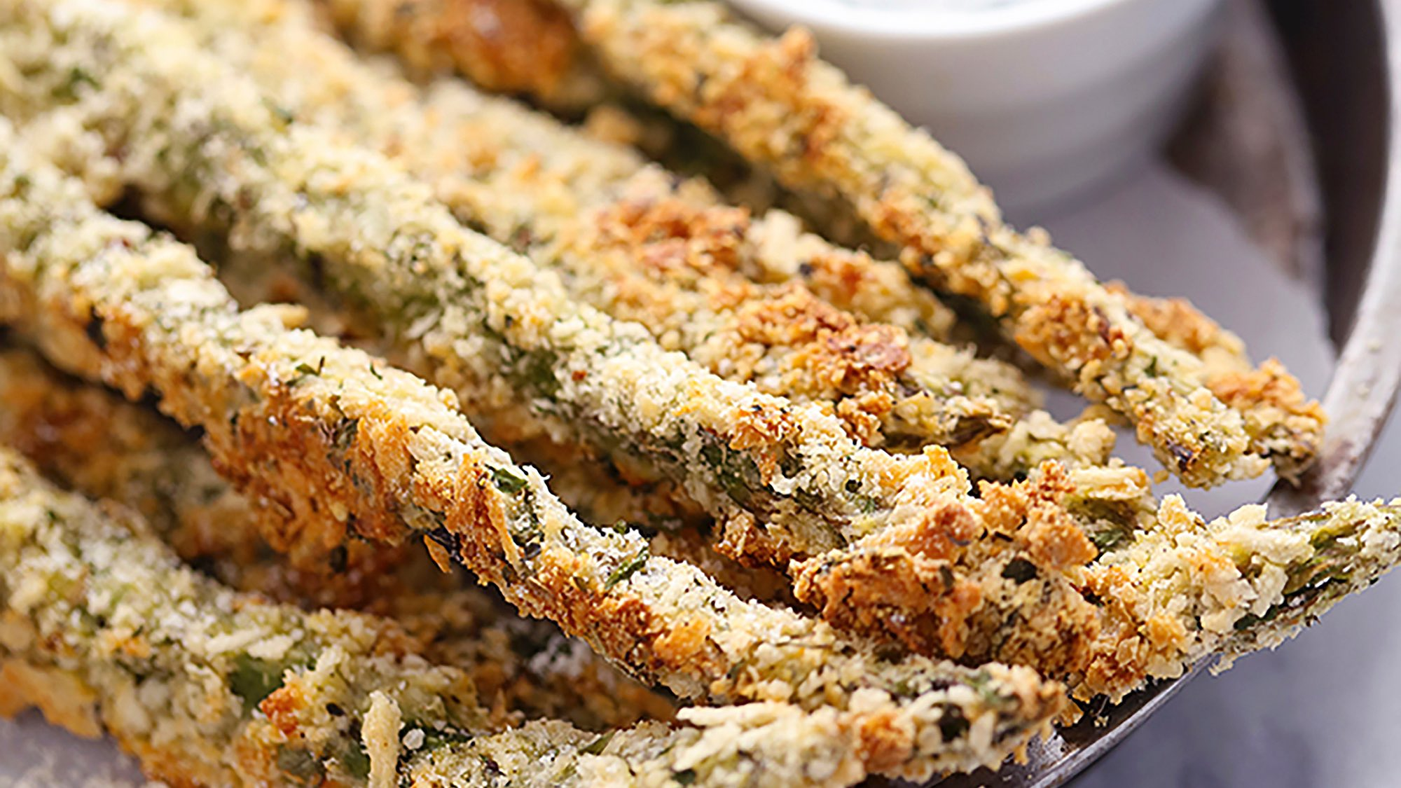 parmesan-herb-asparagus-fries-with-greek-yogurt-ranch-dip.jpg