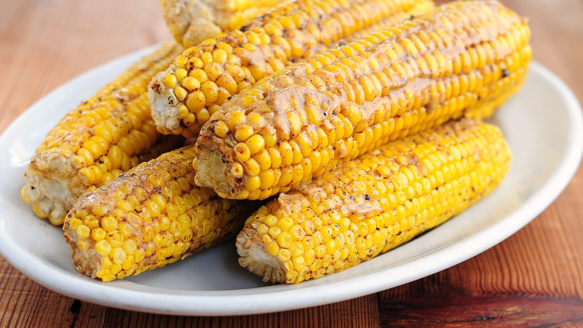 grilled-corn-with-chile-lime-butter.jpg