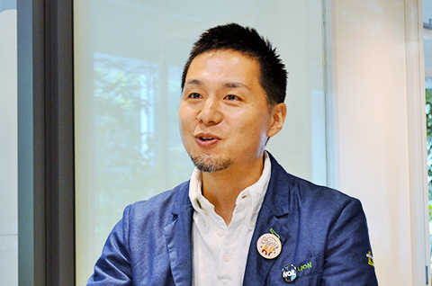 写真 : ライオン株式会社 研究開発本部 イノベーションラボ 副主席研究員 藤村 昌平