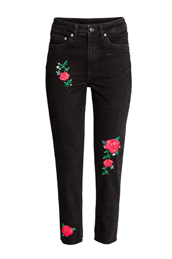 Schwarze bestickte Jeans