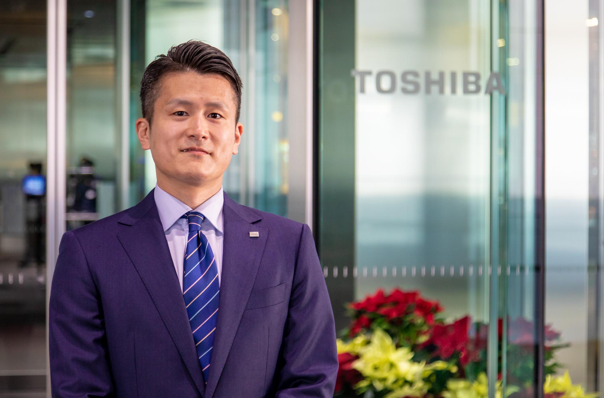 Kentaro Hino, Corporate Sales Department, Toshiba Lighting and Technology Corporation(3)
