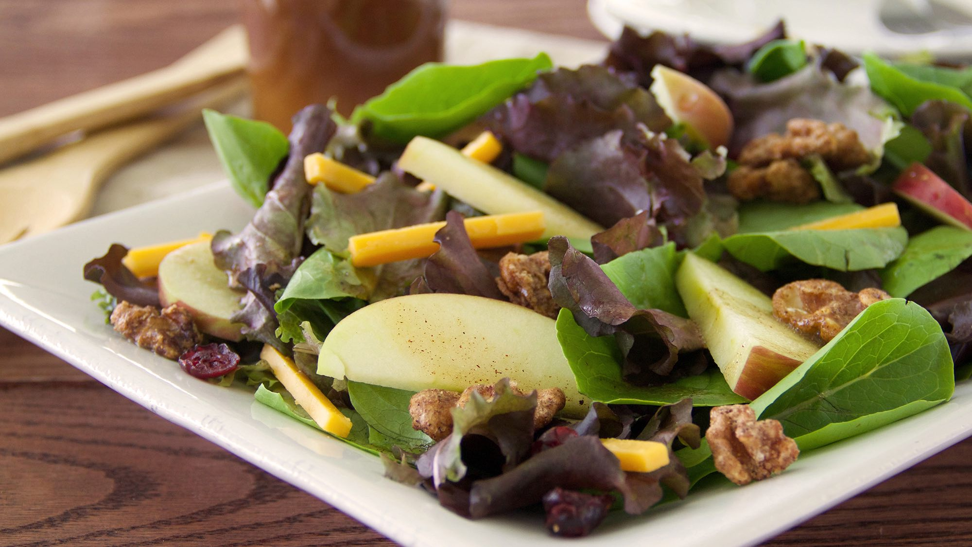 mixed-green-salad-with-apple-pie-vinaigrette.jpg