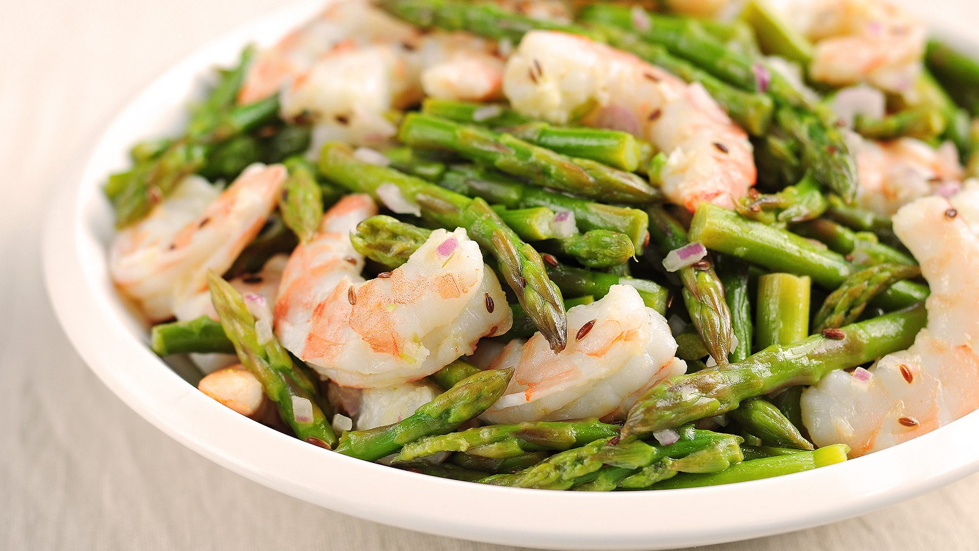 asparagus-and-shrimp-salad-with-lemon-dill-vinaigrette-she-wears-many-hats.jpg