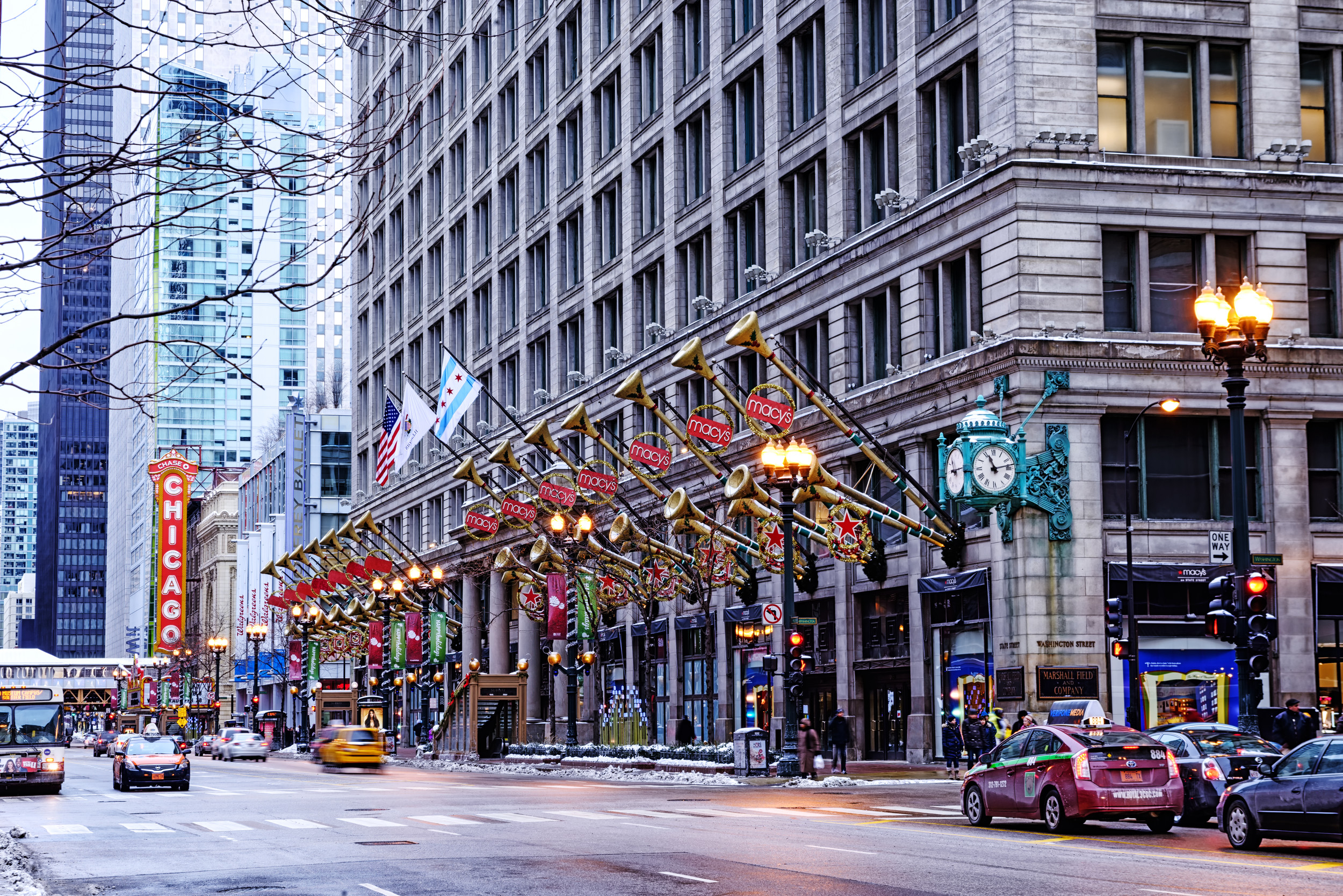 Spending the holiday season in Chicago? Here's what to do