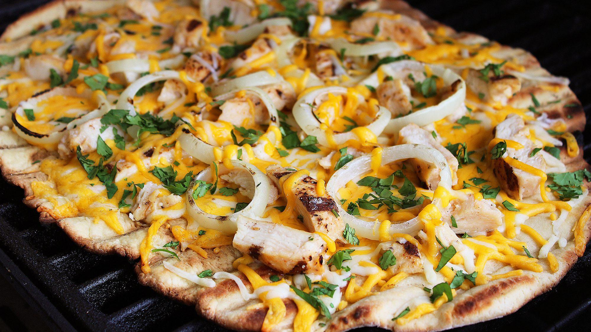 SANTA FE STYLE GRILLED PIZZA.jpg