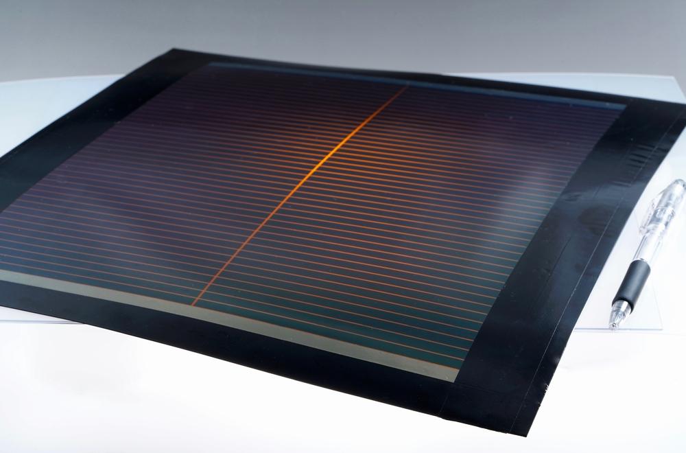 開発したフィルム型ペロブスカイト太陽電池