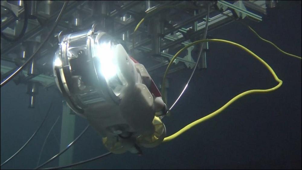 水中遊泳ロボット