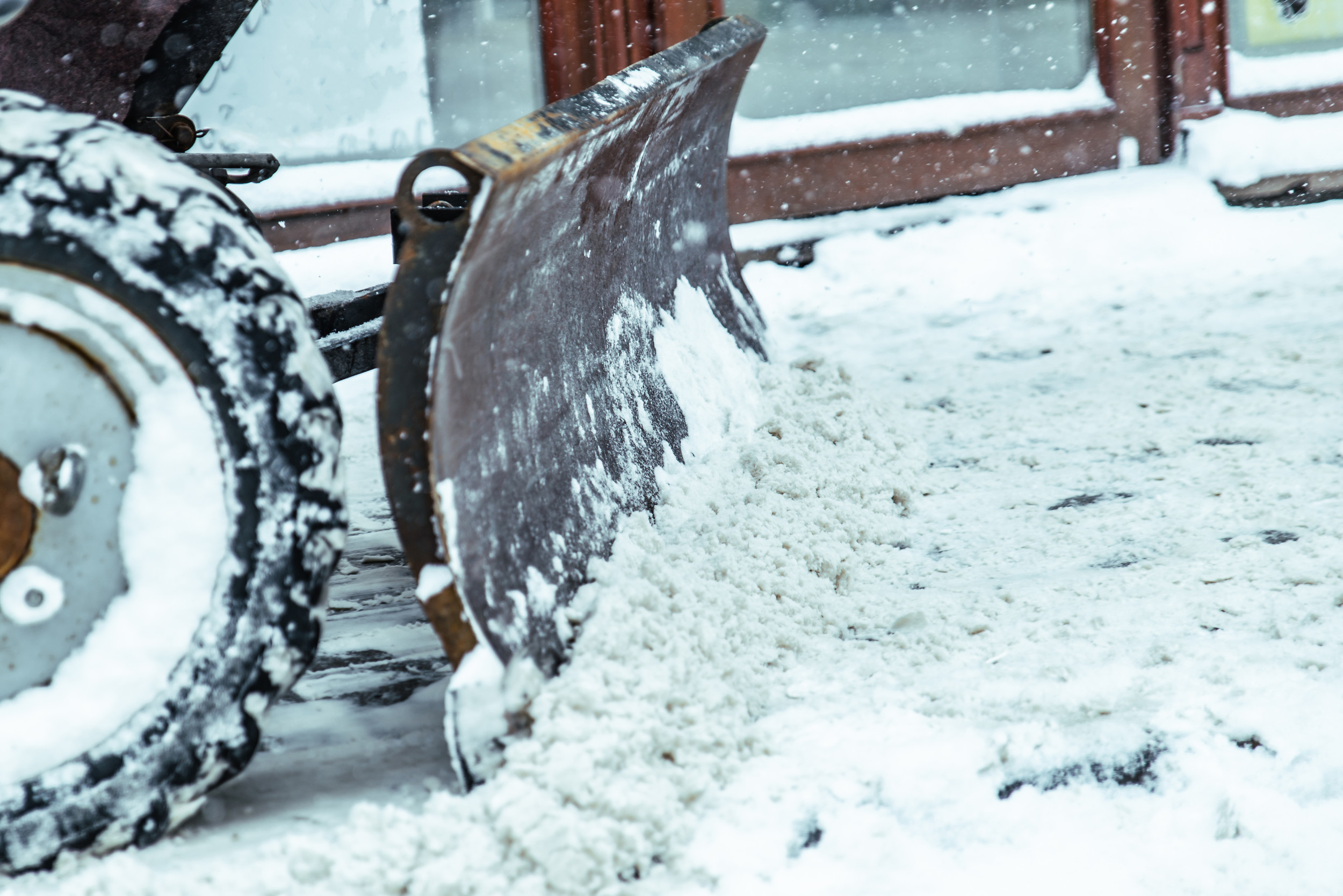 Homeowner associations save money by contracting directly with snow removal services