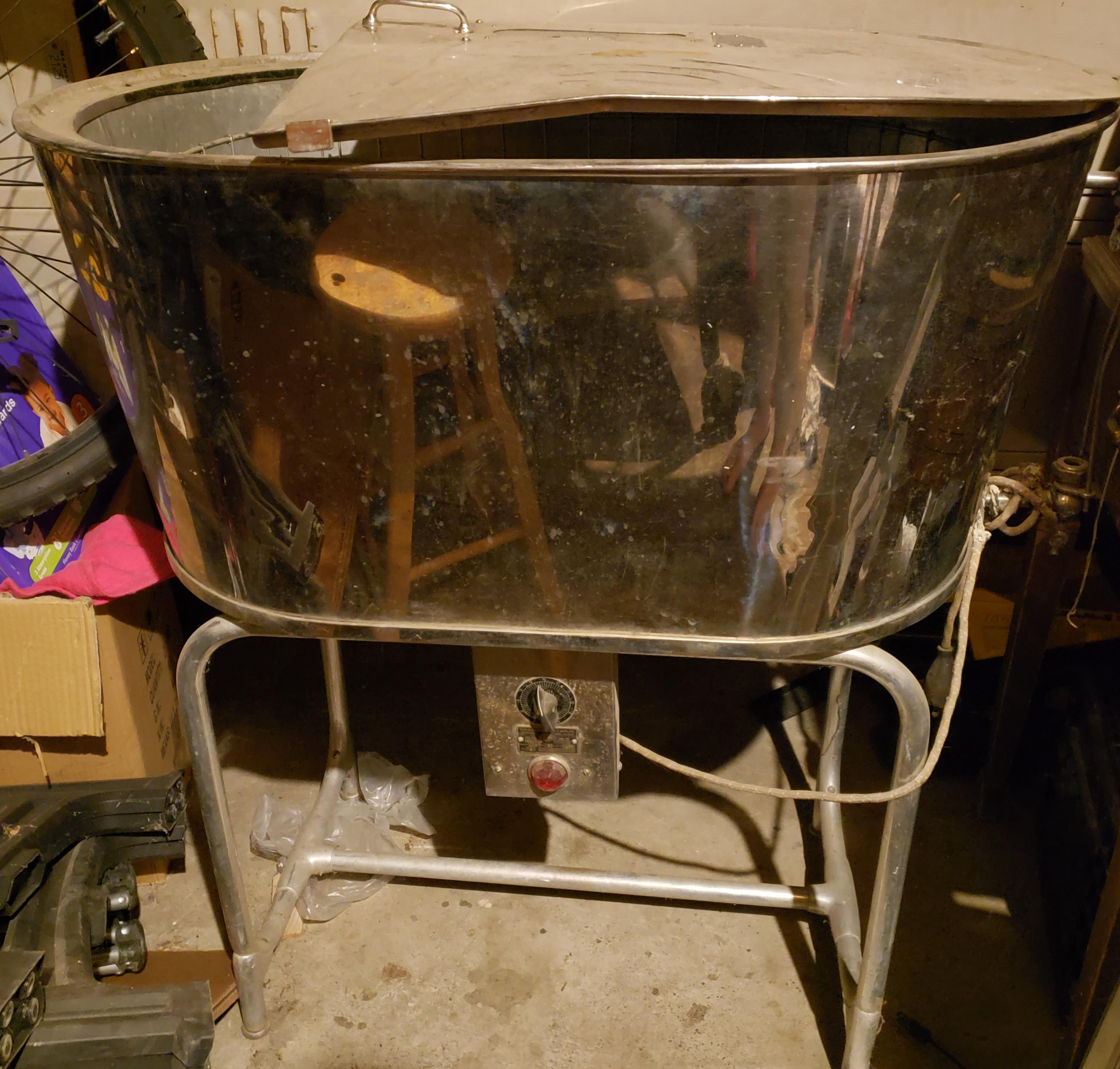 antique incubator.jpg